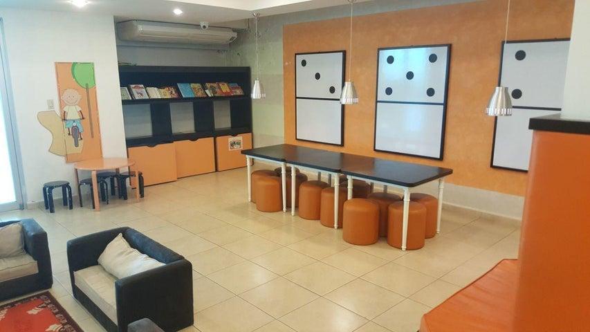 PANAMA VIP10, S.A. Apartamento en Venta en Costa del Este en Panama Código: 18-2165 No.3