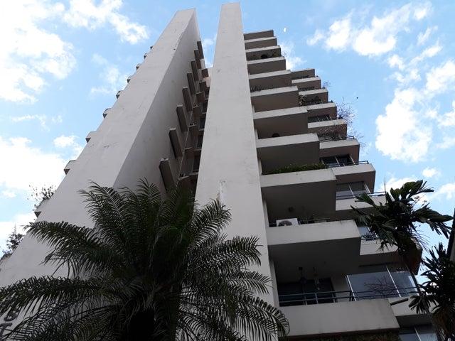 Apartamento / Venta / Panama / Bellavista / FLEXMLS-18-2176