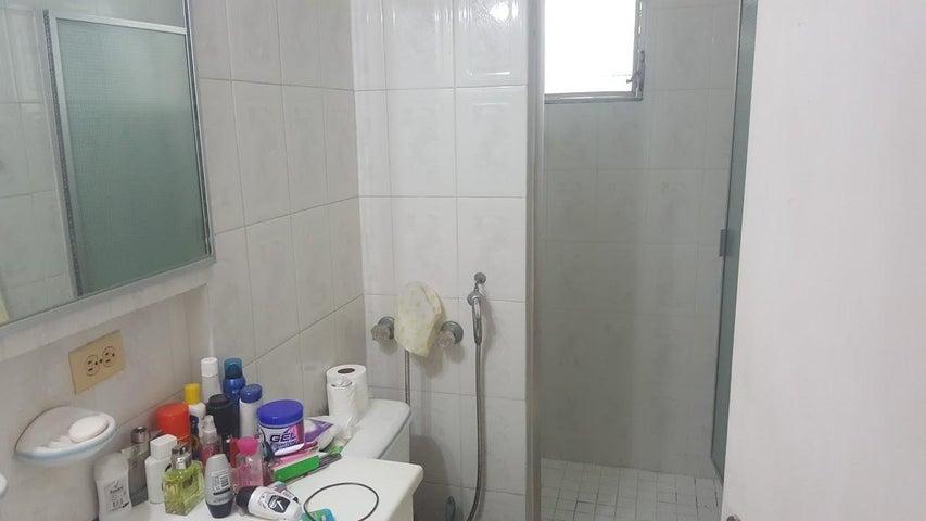 PANAMA VIP10, S.A. Apartamento en Alquiler en El Cangrejo en Panama Código: 18-2447 No.9