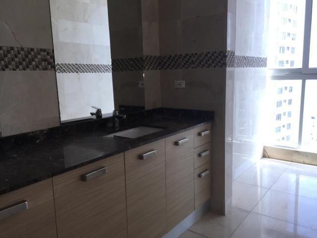 Apartamento En Alquiler En Paitilla - Código: 18-2469