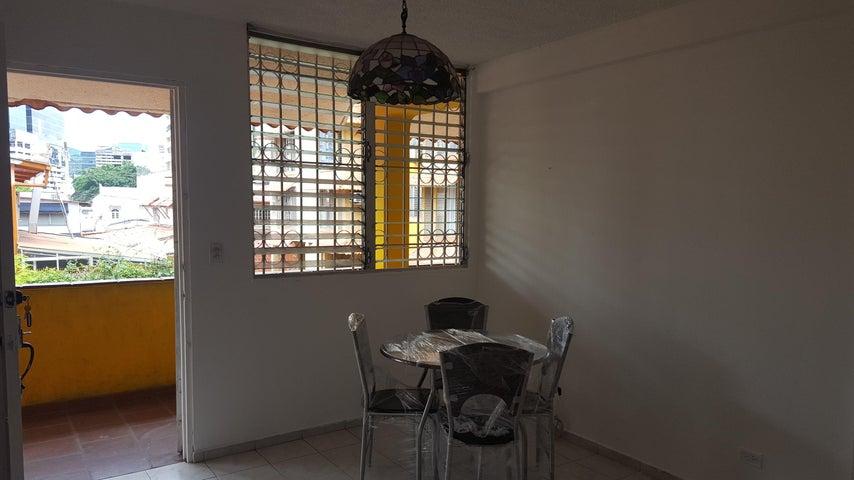 PANAMA VIP10, S.A. Apartamento en Alquiler en San Francisco en Panama Código: 18-2484 No.4