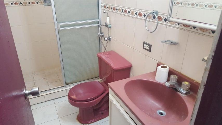 PANAMA VIP10, S.A. Apartamento en Alquiler en San Francisco en Panama Código: 18-2484 No.7