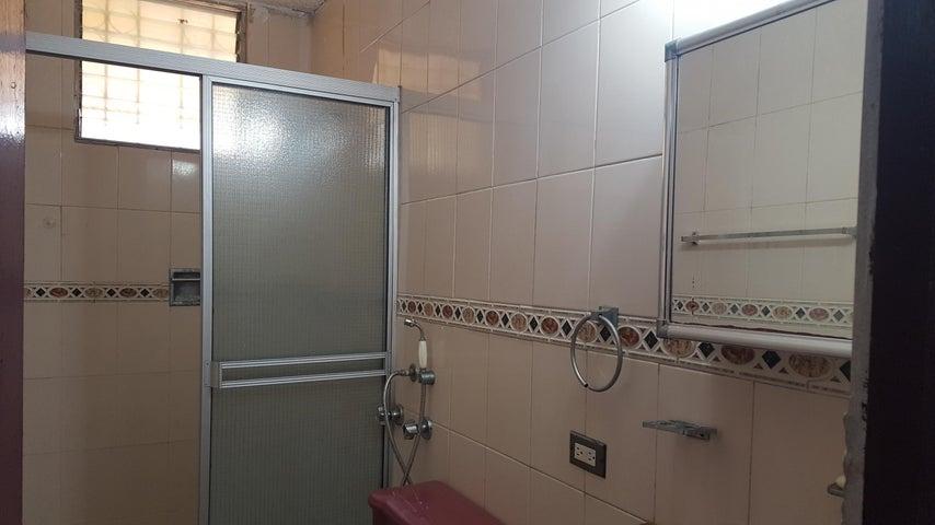PANAMA VIP10, S.A. Apartamento en Alquiler en San Francisco en Panama Código: 18-2484 No.8