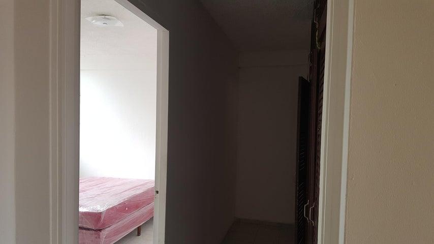 PANAMA VIP10, S.A. Apartamento en Alquiler en San Francisco en Panama Código: 18-2484 No.9