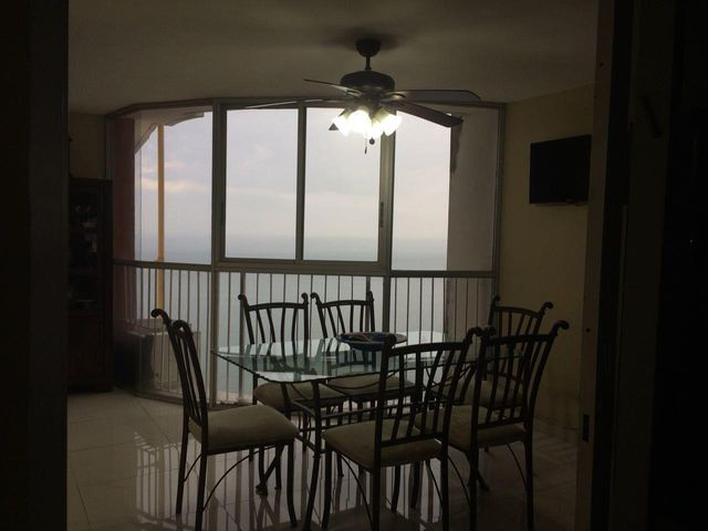 PANAMA VIP10, S.A. Apartamento en Venta en Paitilla en Panama Código: 18-2495 No.6