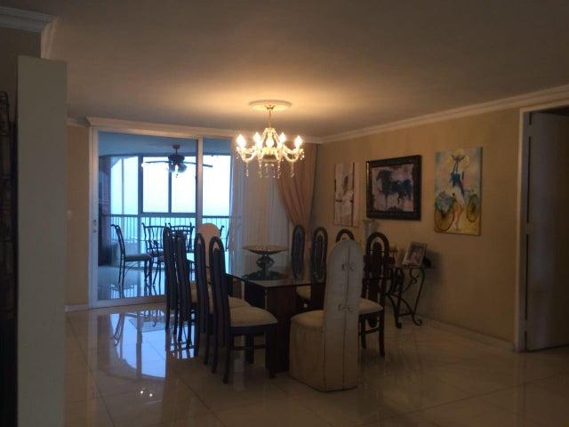 PANAMA VIP10, S.A. Apartamento en Venta en Paitilla en Panama Código: 18-2495 No.5
