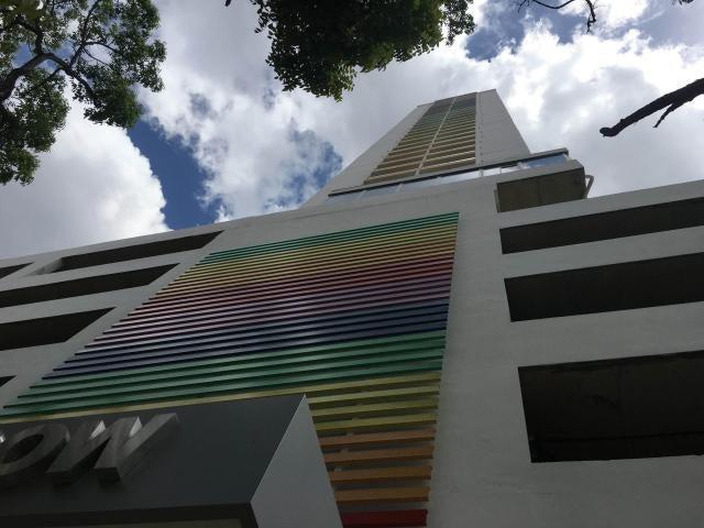Apartamento / Venta / Panama / El Carmen / FLEXMLS-18-2413