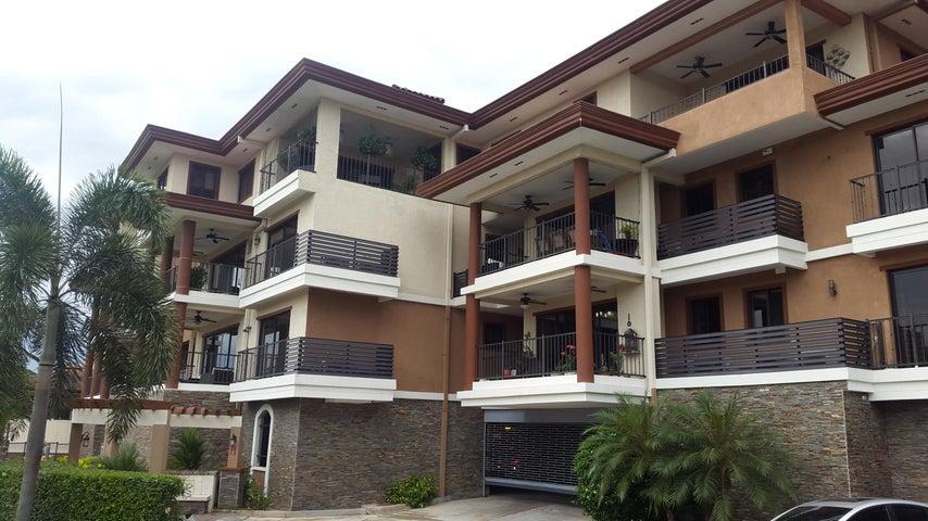Apartamento / Venta / Panama / Clayton / FLEXMLS-18-2545