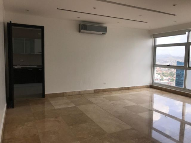 PANAMA VIP10, S.A. Apartamento en Alquiler en Punta Pacifica en Panama Código: 18-2707 No.8