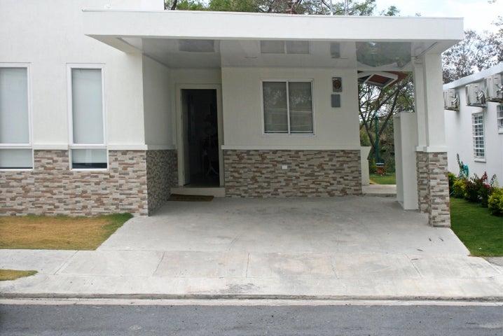 Casa / Venta / San Carlos / San Carlos / FLEXMLS-18-2806