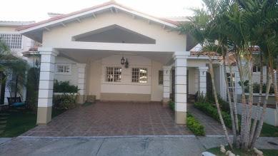 Casa / Venta / San Miguelito / Brisas Del Golf / FLEXMLS-18-2829