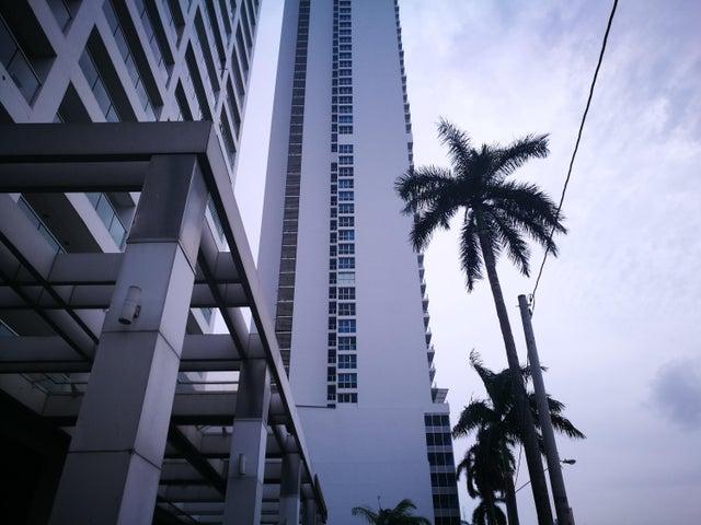 Apartamento / Alquiler / Panama / Avenida Balboa / FLEXMLS-18-2866