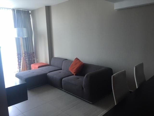 PANAMA VIP10, S.A. Apartamento en Alquiler en Avenida Balboa en  Código: 18-2921 No.2