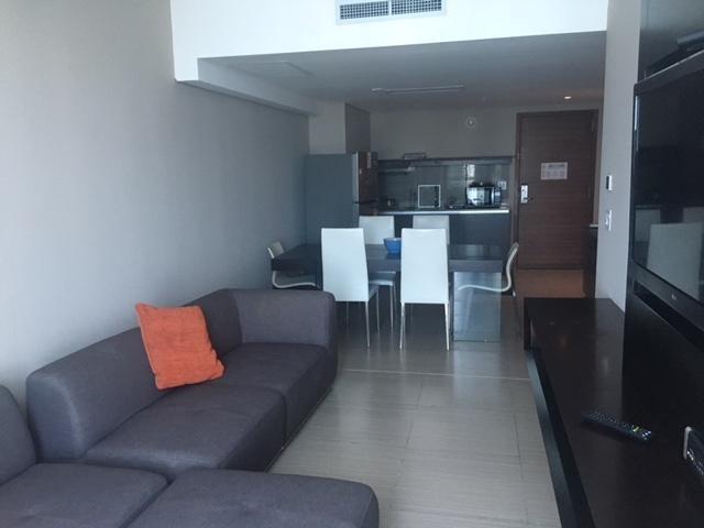 PANAMA VIP10, S.A. Apartamento en Alquiler en Avenida Balboa en  Código: 18-2921 No.1