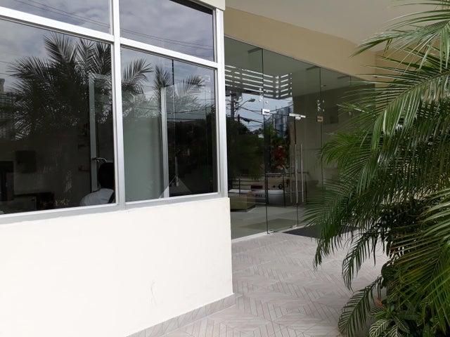 PANAMA VIP10, S.A. Apartamento en Venta en San Francisco en Panama Código: 18-3023 No.2