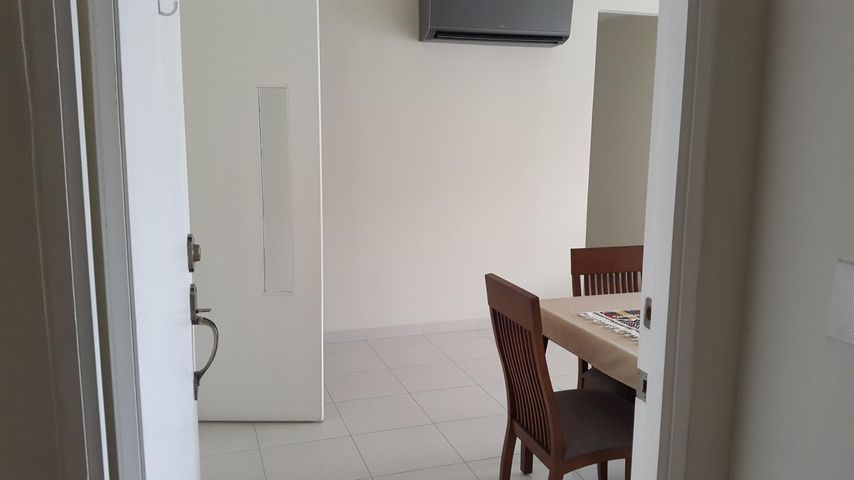 PANAMA VIP10, S.A. Apartamento en Alquiler en Versalles en Panama Código: 18-3035 No.1