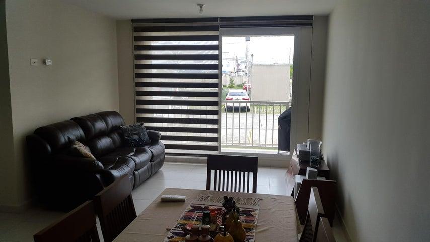 PANAMA VIP10, S.A. Apartamento en Alquiler en Versalles en Panama Código: 18-3035 No.2