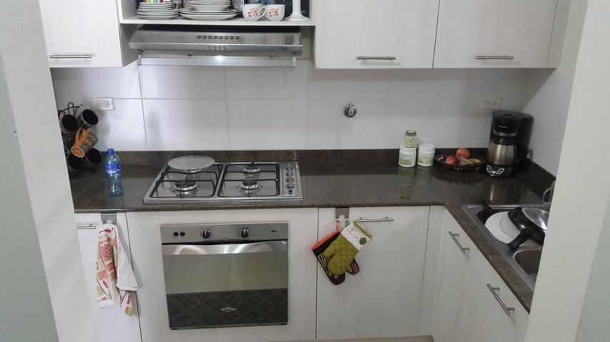 PANAMA VIP10, S.A. Apartamento en Alquiler en Versalles en Panama Código: 18-3035 No.4