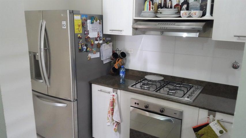 PANAMA VIP10, S.A. Apartamento en Alquiler en Versalles en Panama Código: 18-3035 No.5