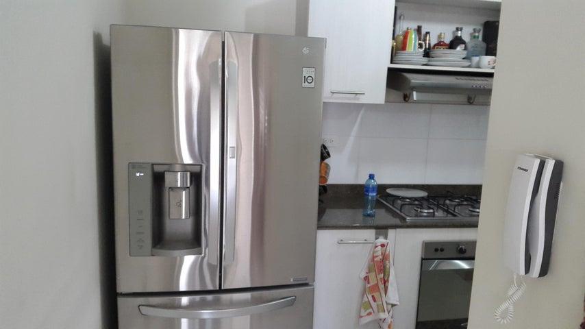 PANAMA VIP10, S.A. Apartamento en Alquiler en Versalles en Panama Código: 18-3035 No.7