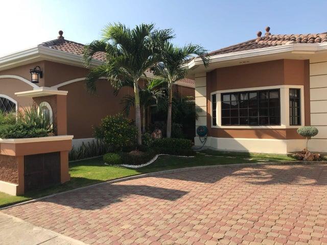 Casa / Venta / Panama / Costa Sur / FLEXMLS-18-3109