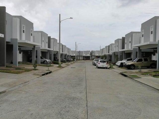 Casa / Venta / San Miguelito / Brisas Del Golf / FLEXMLS-18-3122