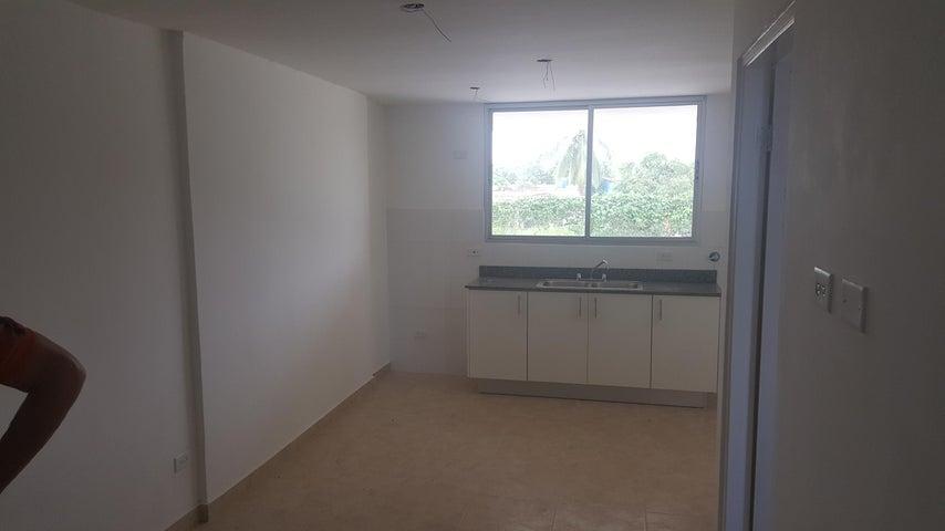 PANAMA VIP10, S.A. Apartamento en Venta en Versalles en Panama Código: 18-3220 No.5