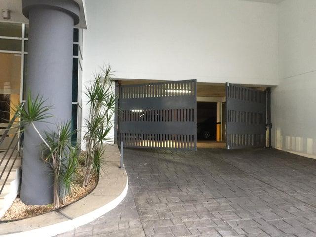 PANAMA VIP10, S.A. Apartamento en Venta en Las Loma en Panama Código: 18-3242 No.2