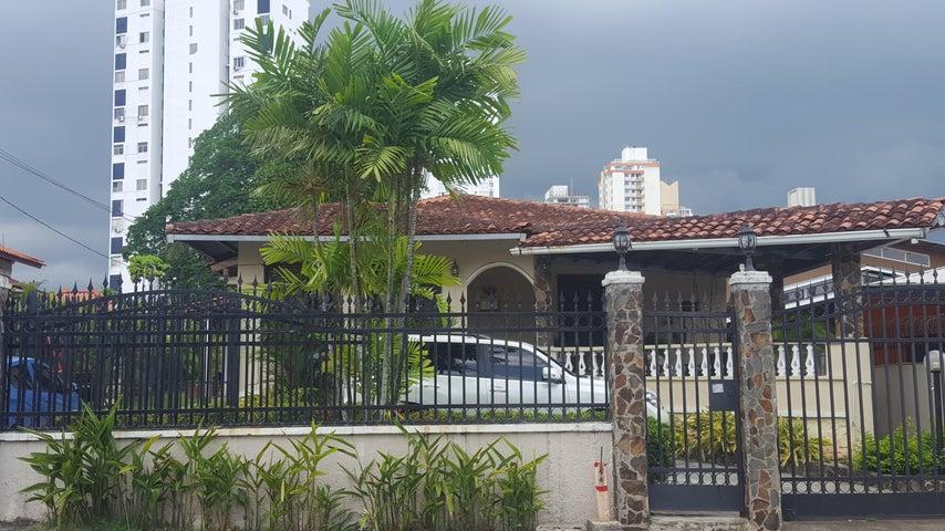 Casa en Alquiler en Carrasquilla