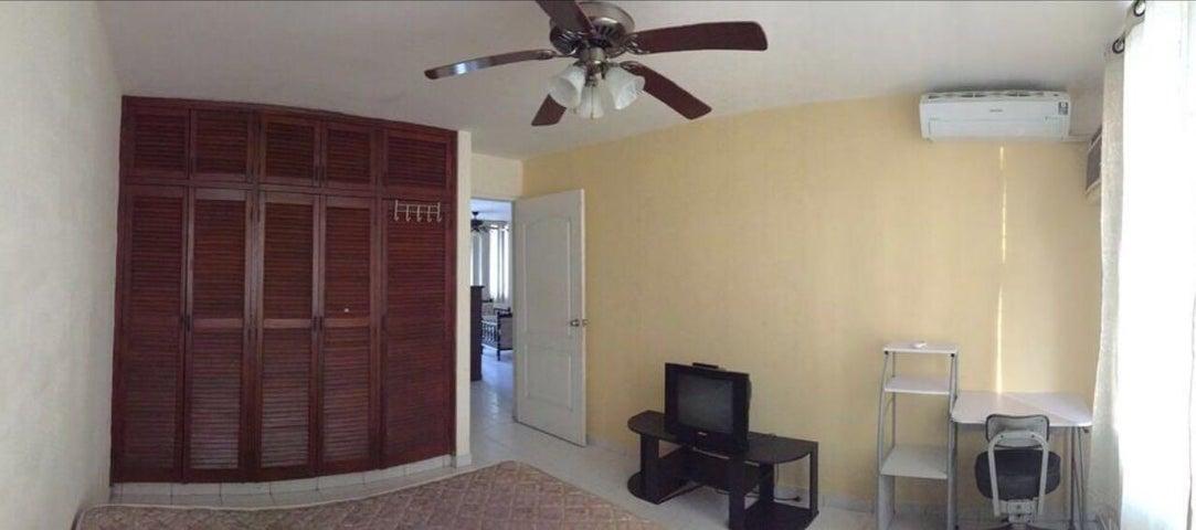 PANAMA VIP10, S.A. Apartamento en Alquiler en La Cresta en Panama Código: 18-3342 No.2