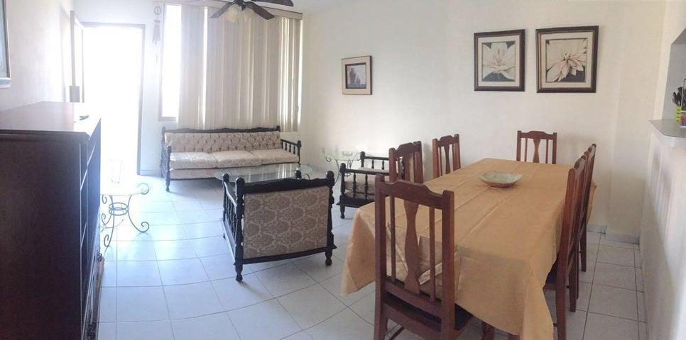PANAMA VIP10, S.A. Apartamento en Alquiler en La Cresta en Panama Código: 18-3342 No.4