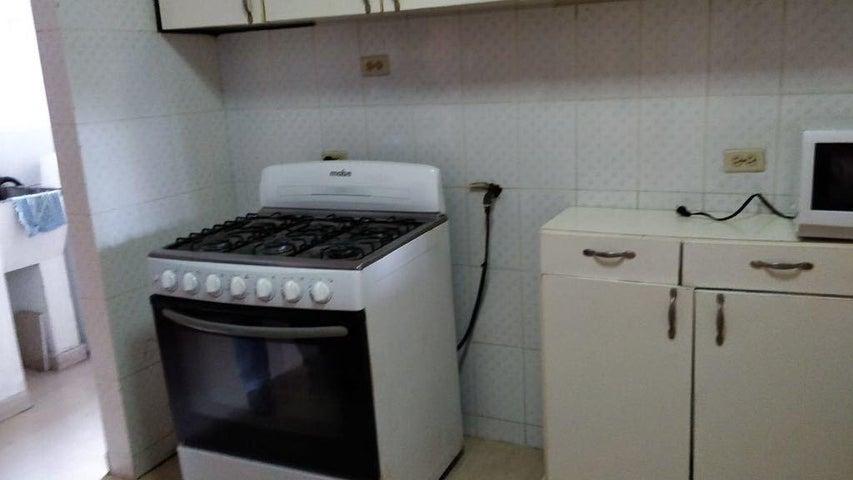 PANAMA VIP10, S.A. Apartamento en Alquiler en El Cangrejo en Panama Código: 18-2447 No.5