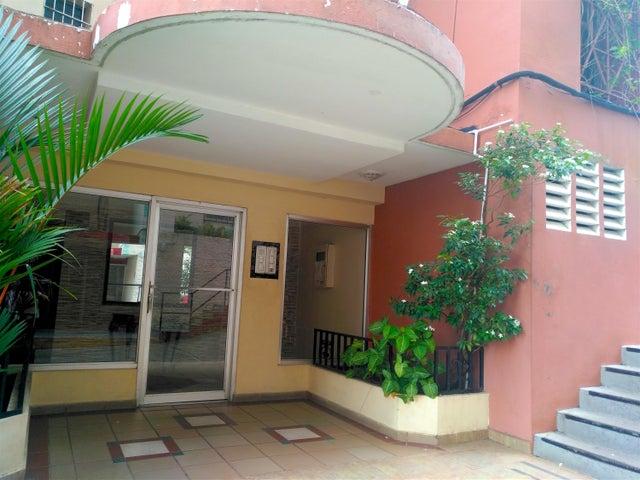 Apartamento / Venta / Panama / Carrasquilla / FLEXMLS-18-3535