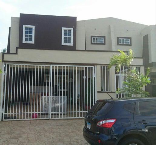Casa / Venta / San Miguelito / Brisas Del Golf / FLEXMLS-18-3748