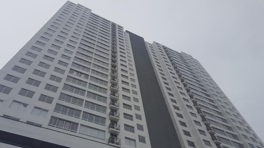 Apartamento / Alquiler / Panama / Parque Lefevre / FLEXMLS-18-3795