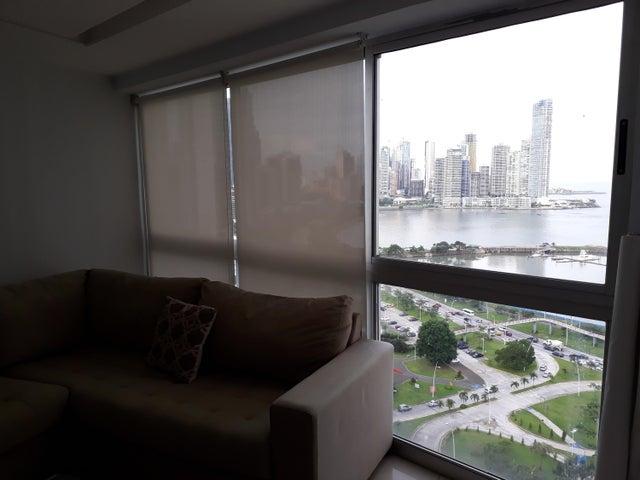 PANAMA VIP10, S.A. Apartamento en Venta en Bellavista en Panama Código: 18-3425 No.7