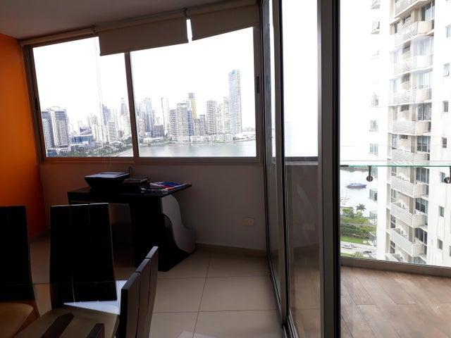 PANAMA VIP10, S.A. Apartamento en Venta en Bellavista en Panama Código: 18-3425 No.8