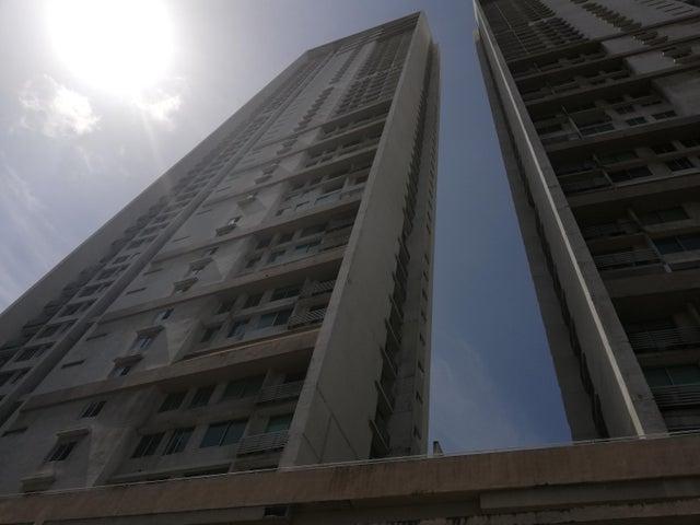 Apartamento / Venta / Panama / Costa del Este / FLEXMLS-18-4925
