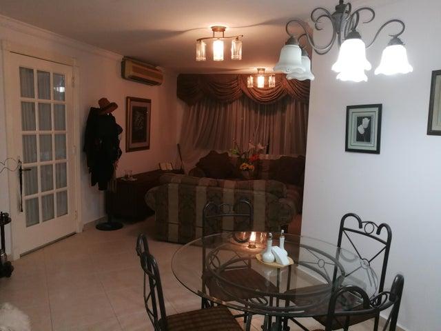 PANAMA VIP10, S.A. Apartamento en Venta en Bellavista en Panama Código: 16-1099 No.3