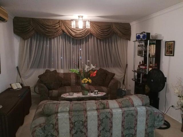 PANAMA VIP10, S.A. Apartamento en Venta en Bellavista en Panama Código: 16-1099 No.2