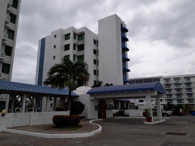 Apartamento / Venta / Rio Hato / Playa Blanca / FLEXMLS-18-5331