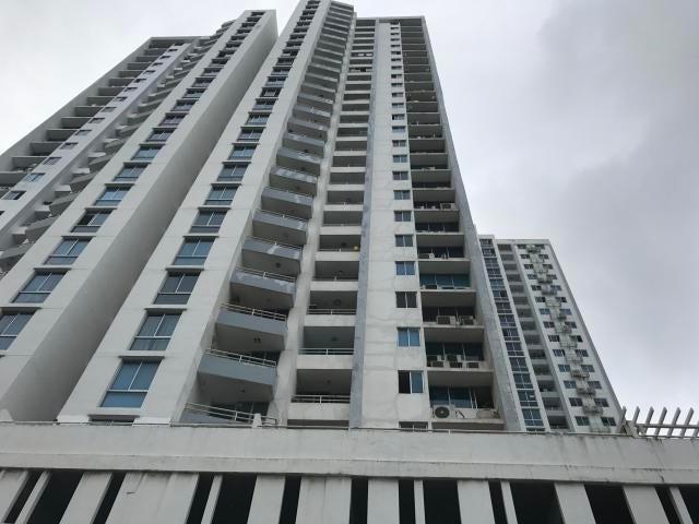 Apartamento / Venta / Panama / Carrasquilla / FLEXMLS-18-5789
