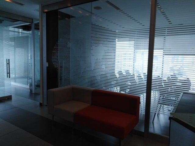 PANAMA VIP10, S.A. Oficina en Venta en Obarrio en Panama Código: 17-3717 No.4