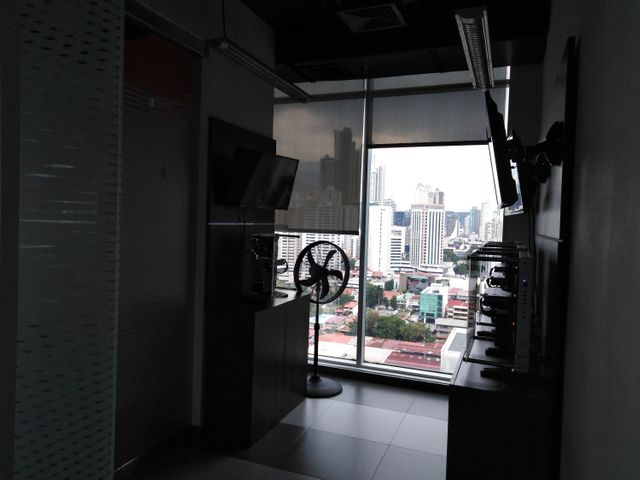 PANAMA VIP10, S.A. Oficina en Venta en Obarrio en Panama Código: 17-3717 No.8