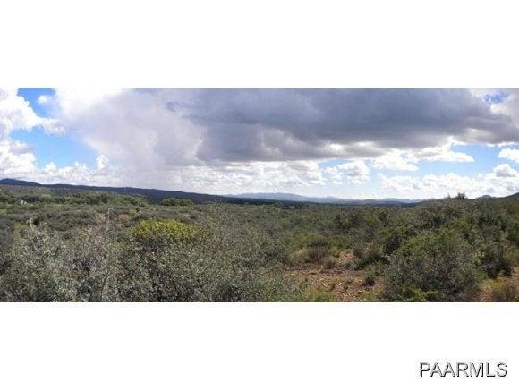 S Iron Springs Road, Skull Valley, AZ 86338