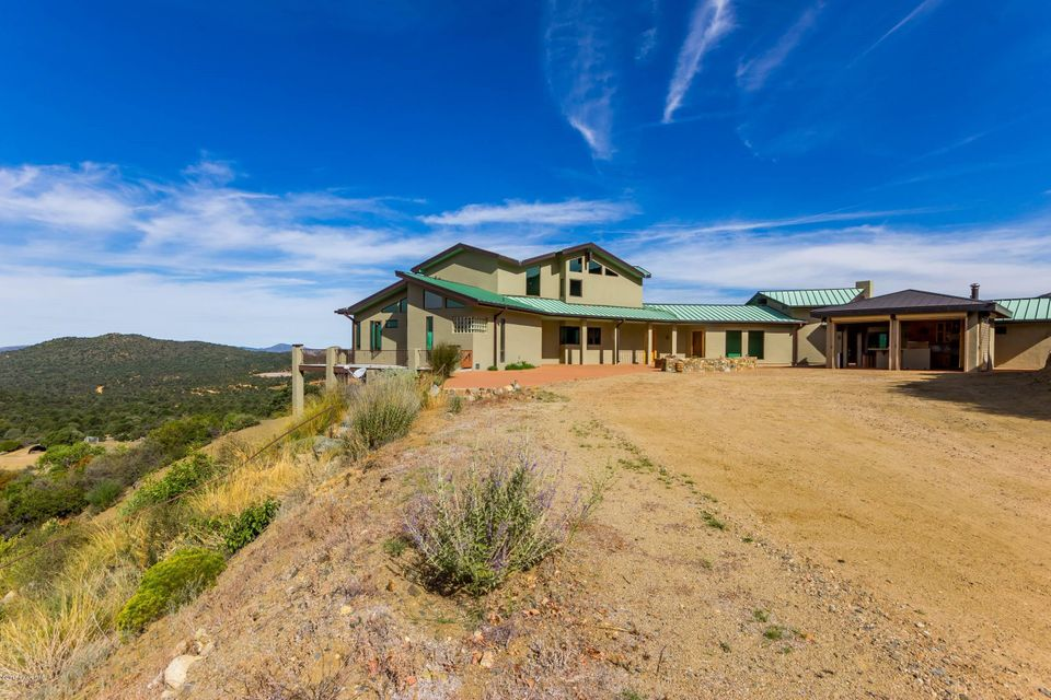MLS 989841 6001 Copper Basin Road Building 6001, Prescott, AZ Prescott AZ Equestrian