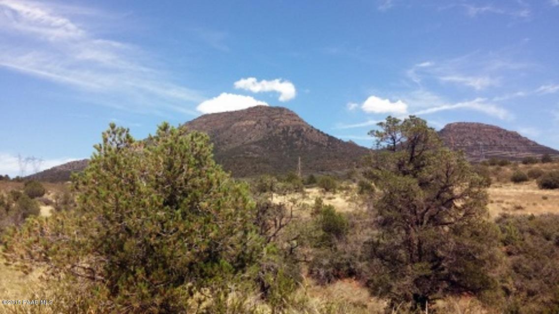 10d N Legend Hills Road Prescott Valley, AZ 86315 - MLS #: 990278