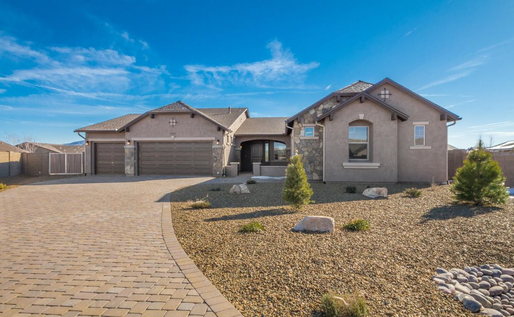 MLS 992564 8451 Cyclone Drive Building 8451, Prescott Valley, AZ Prescott Valley AZ Scenic