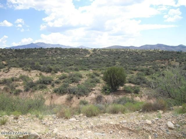 S Wagoner Road, Kirkland, AZ 86332