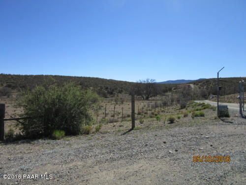 MLS 995079 1448 State Route 69 Building 1448, Dewey-Humboldt, AZ Equestrian Scenic